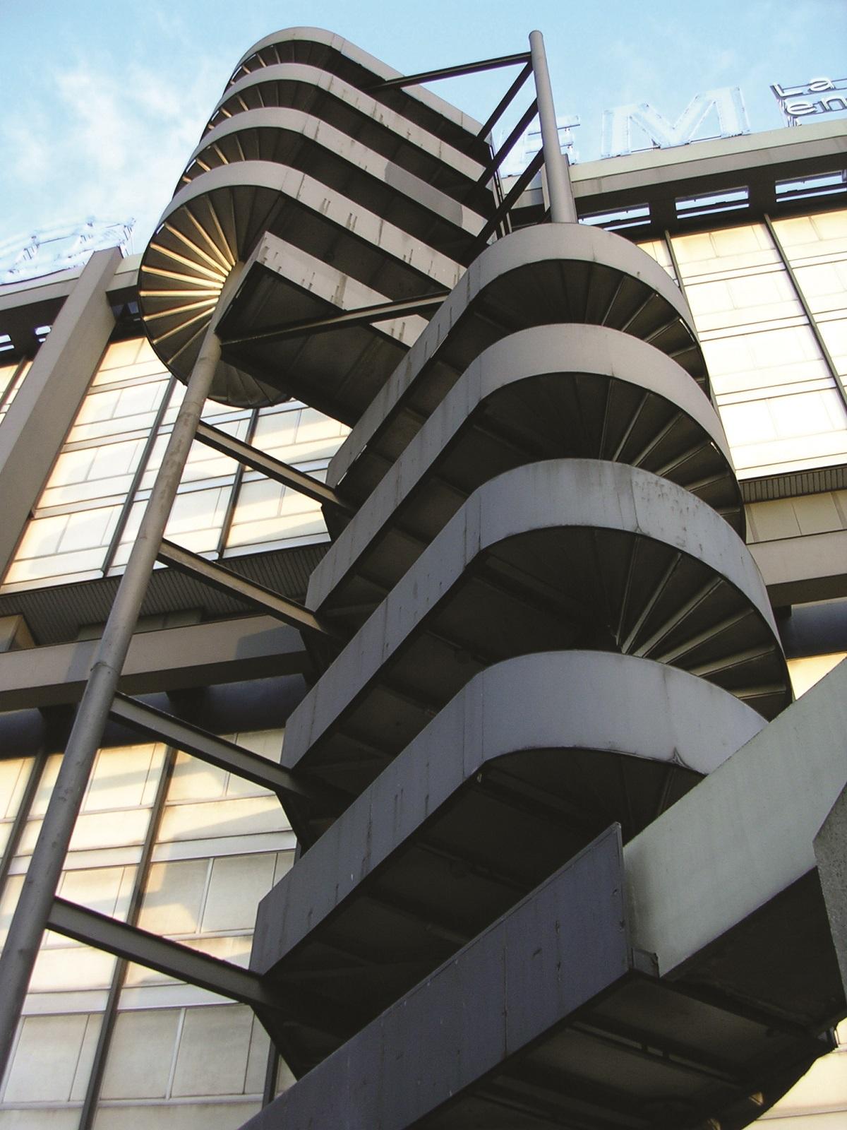 escalier façade ouest